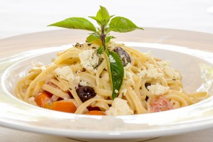 Greek Linguini with Oregano, Cherry Tomato, Feta Cheese, Kalamata Olive1
