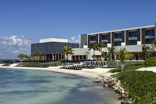 NIZUC Beach Hotel