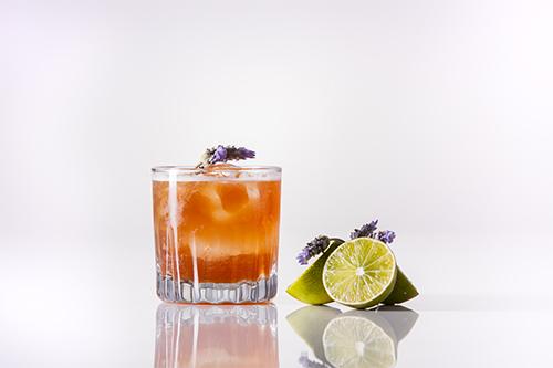 Johnnie Walker / Johnnies Secret Tea.