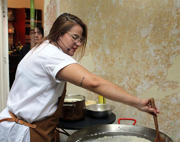 chef-alexander-suastegui-licor-corajito